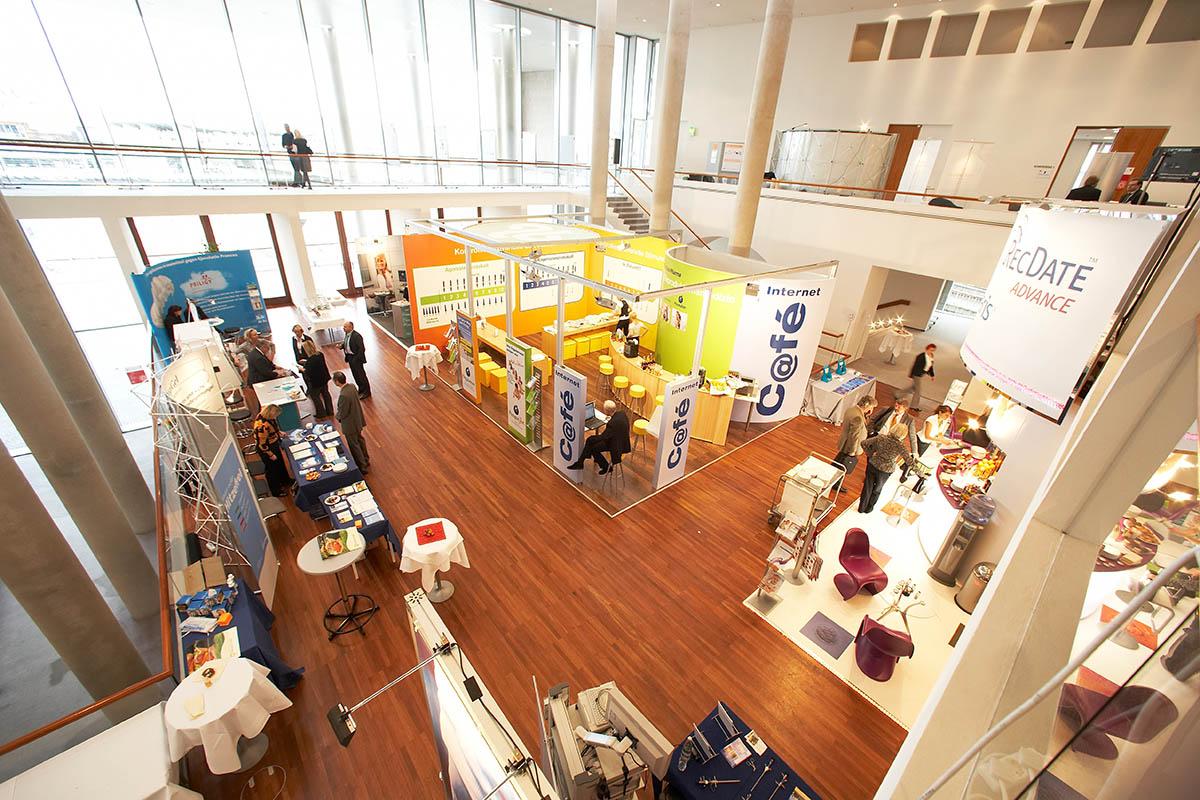Kongress mit begleitender Fachausstellung