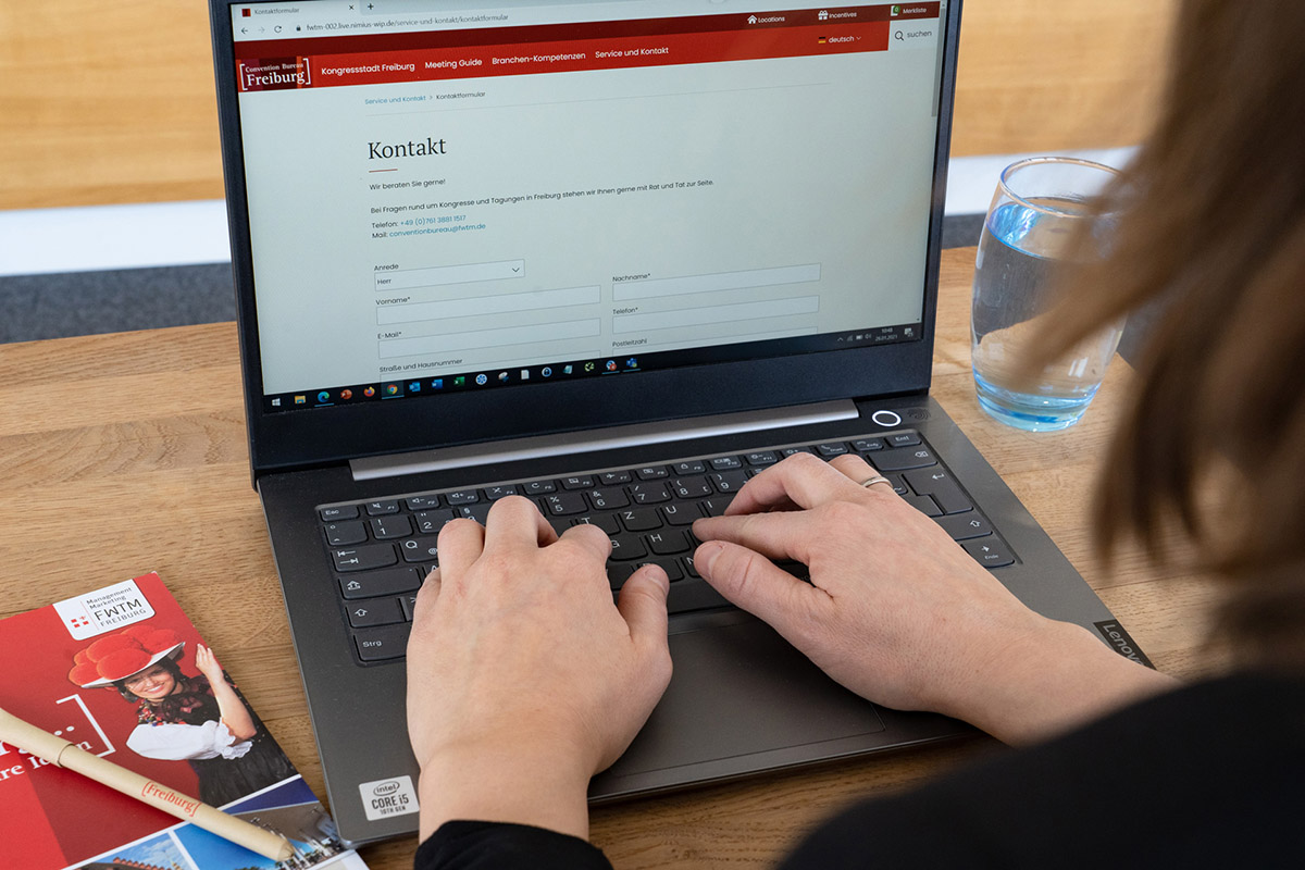 Kontaktformular der Website des Freiburg Convention Bureaus